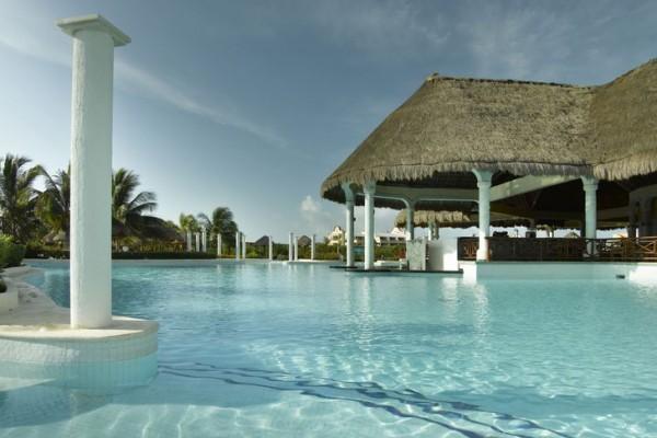 grand-palladium-riviera-resort-spa-pool0C9AEDD6-BE36-BC52-E7FF-B75F5D541174.jpg