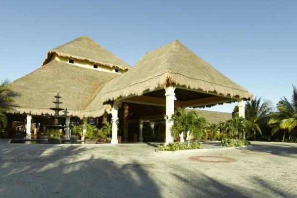 lobby-riviera-6364056BF-734E-B20D-CD6E-6D072060D224.jpg