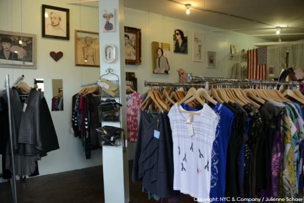 brooklyn-bushwick-shops-at-the-loom-julienne-schaer-132-110D3C79318-AC96-5EB4-FFA4-A0A2603DE034.jpg