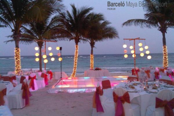 barcelo-weddings-2016-photos-0484DF98568-7F9E-5C1D-FA98-D3B133B8A202.png